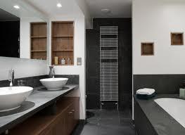 Z łazienką
